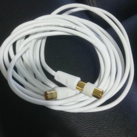troc de  cable co axial 5m neuf, sur mytroc