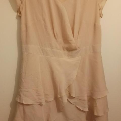 troc de  Robe sable T48, sur mytroc