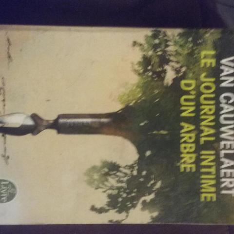 troc de  Livre : le journal intime d'un arbre de Didier Van Cauwelaert, sur mytroc