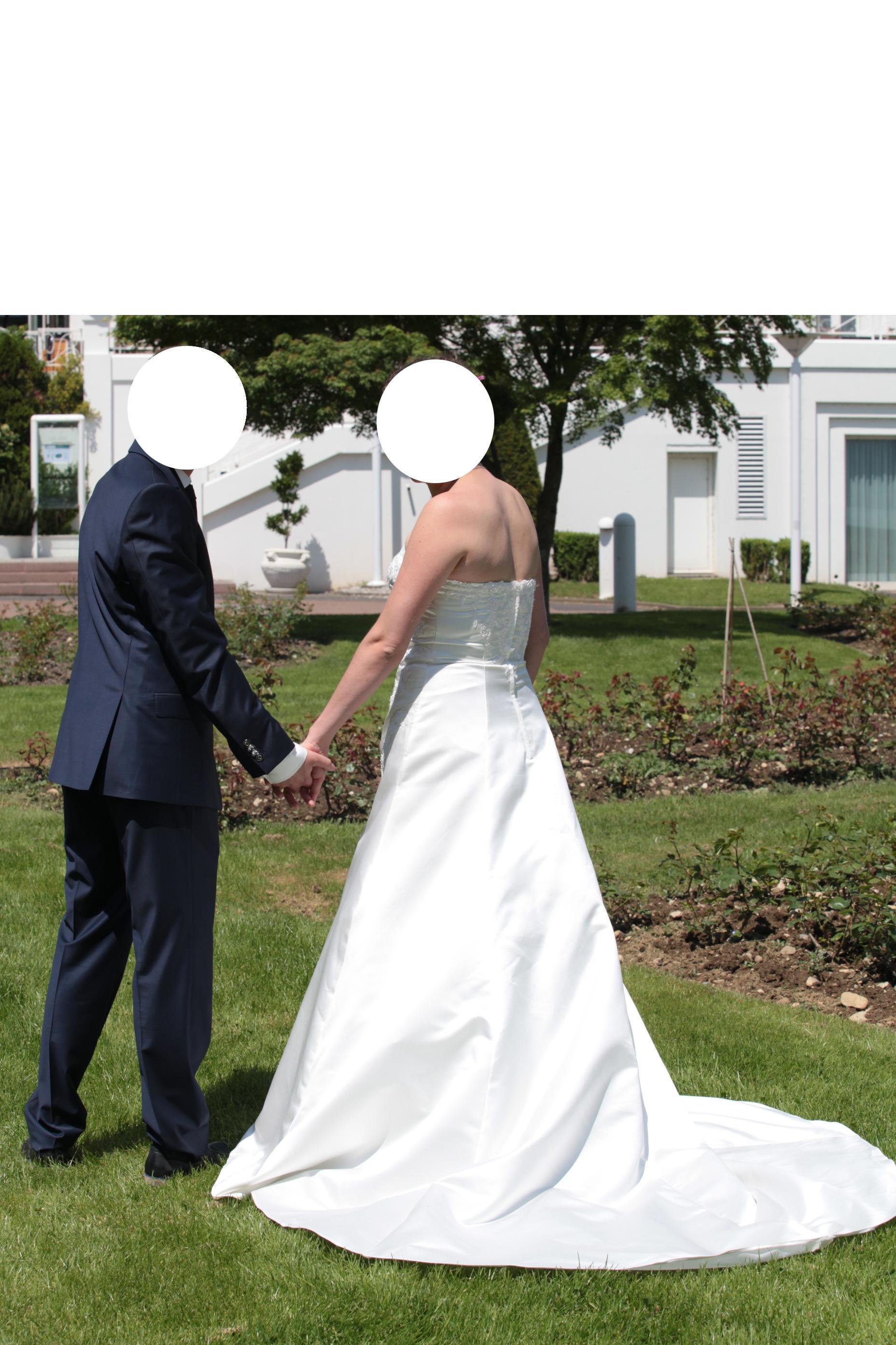 troc de troc robe mariage taille 42 ivoire image 0