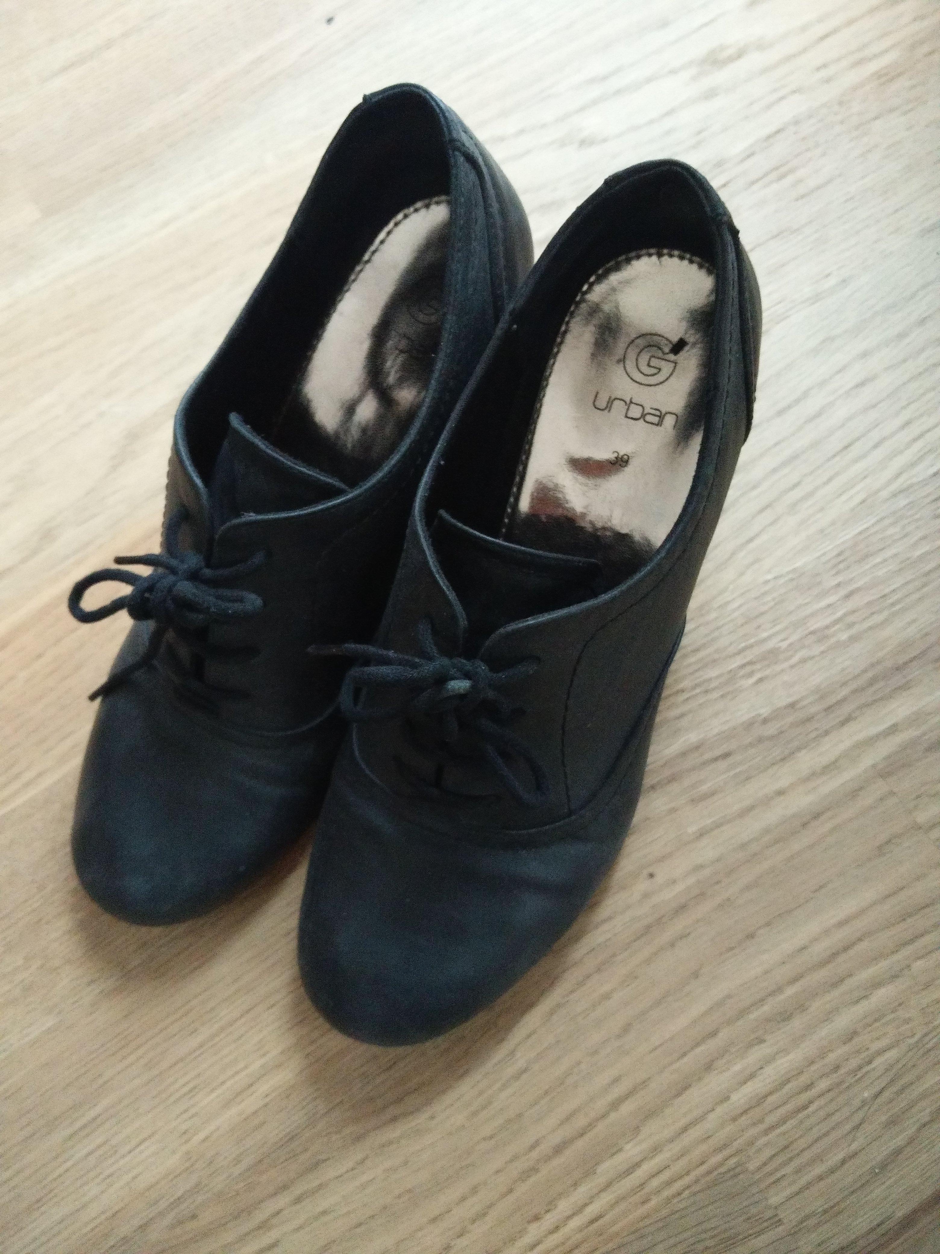 troc de troc chaussure derbies à talon noires image 0
