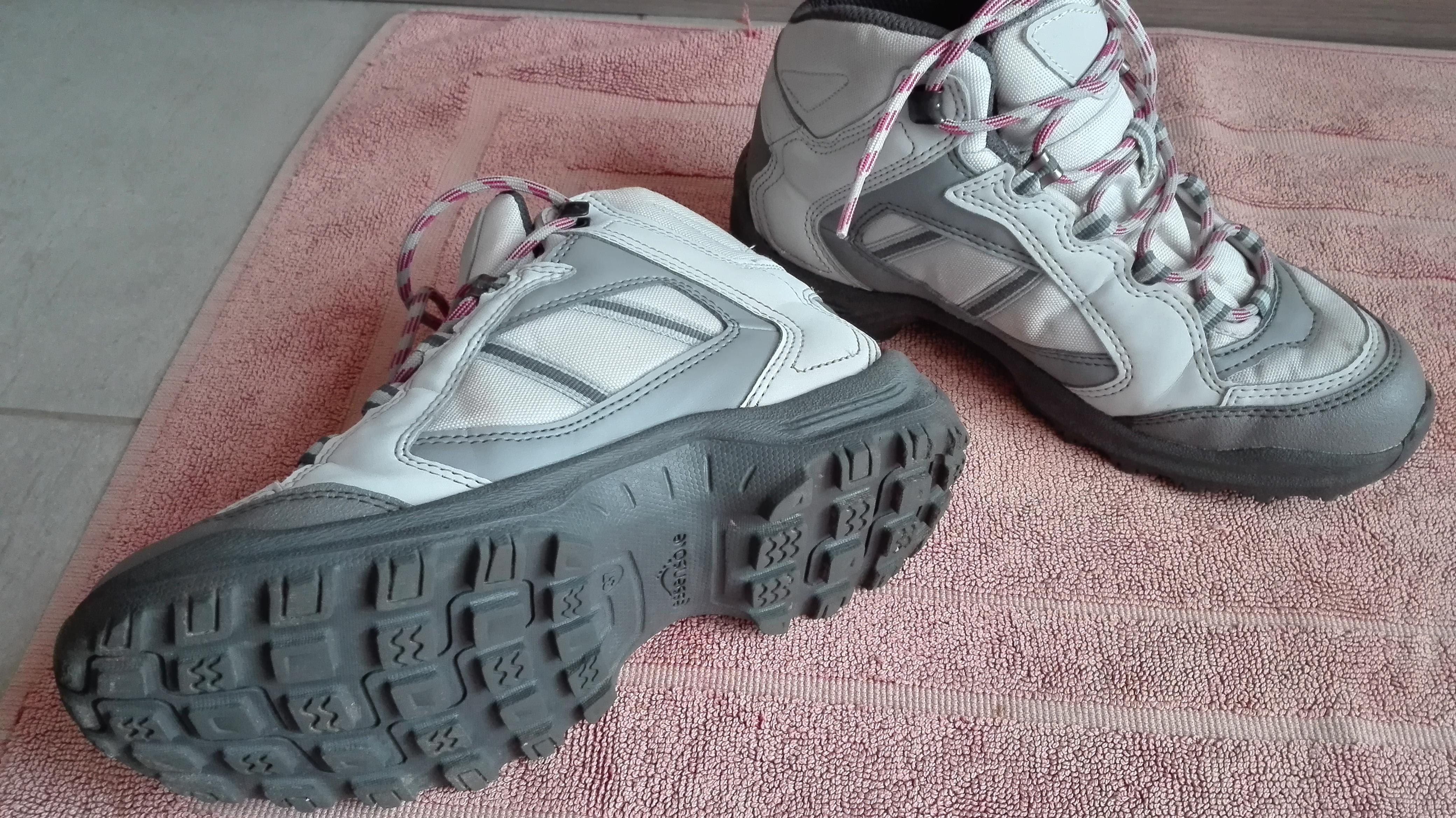 troc de troc chaussure de randonnée 37 image 0