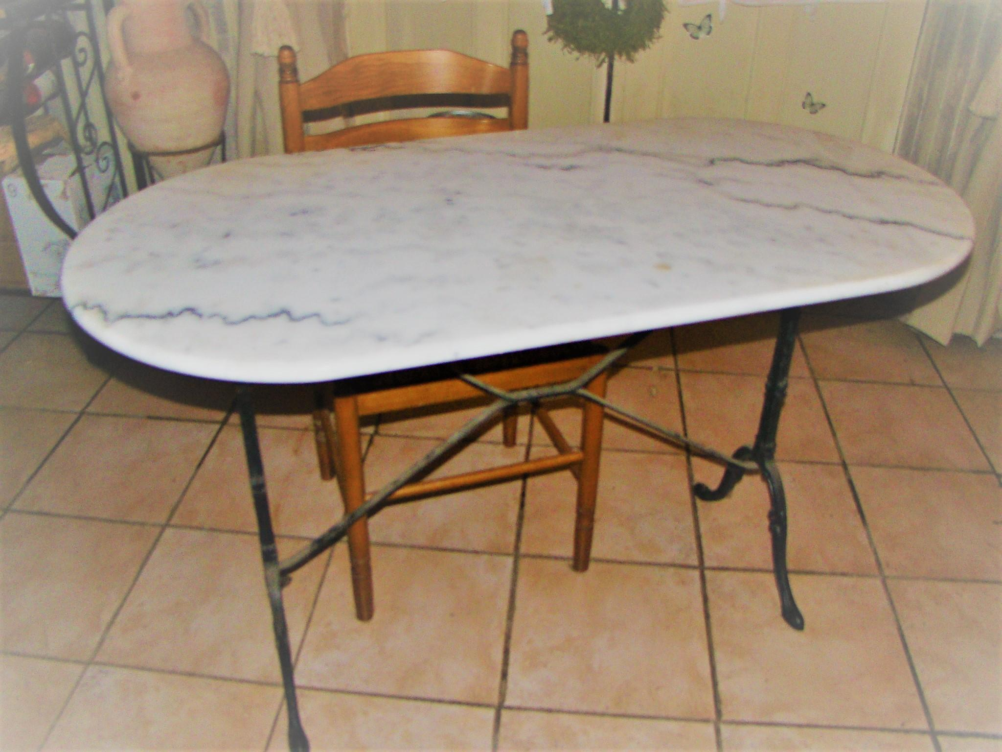 Troc table bistrot en marbre de chez but - Table de bistrot en marbre ...