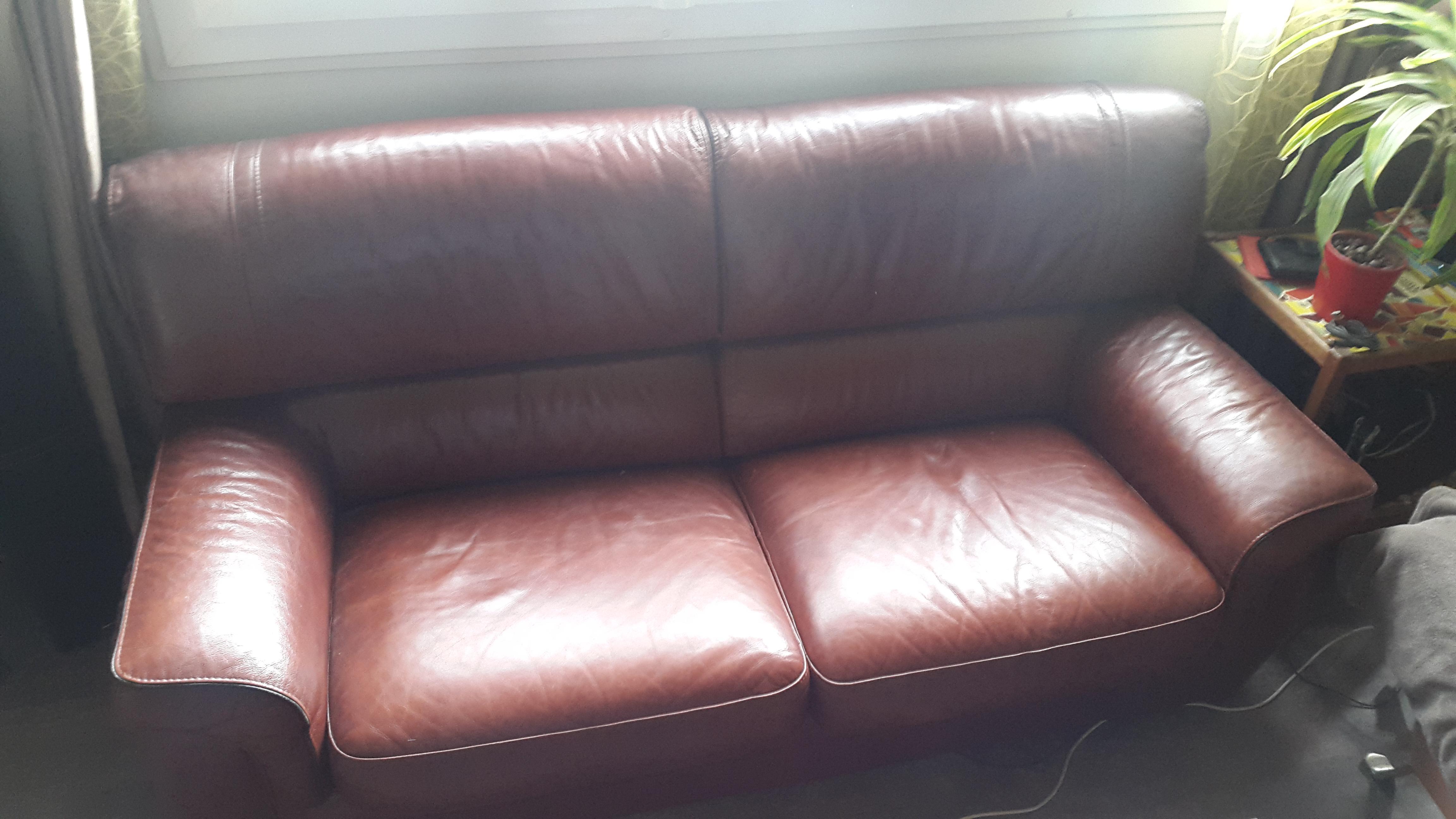 troc de troc canapé cuir 3 place + fauteuil assorti image 1