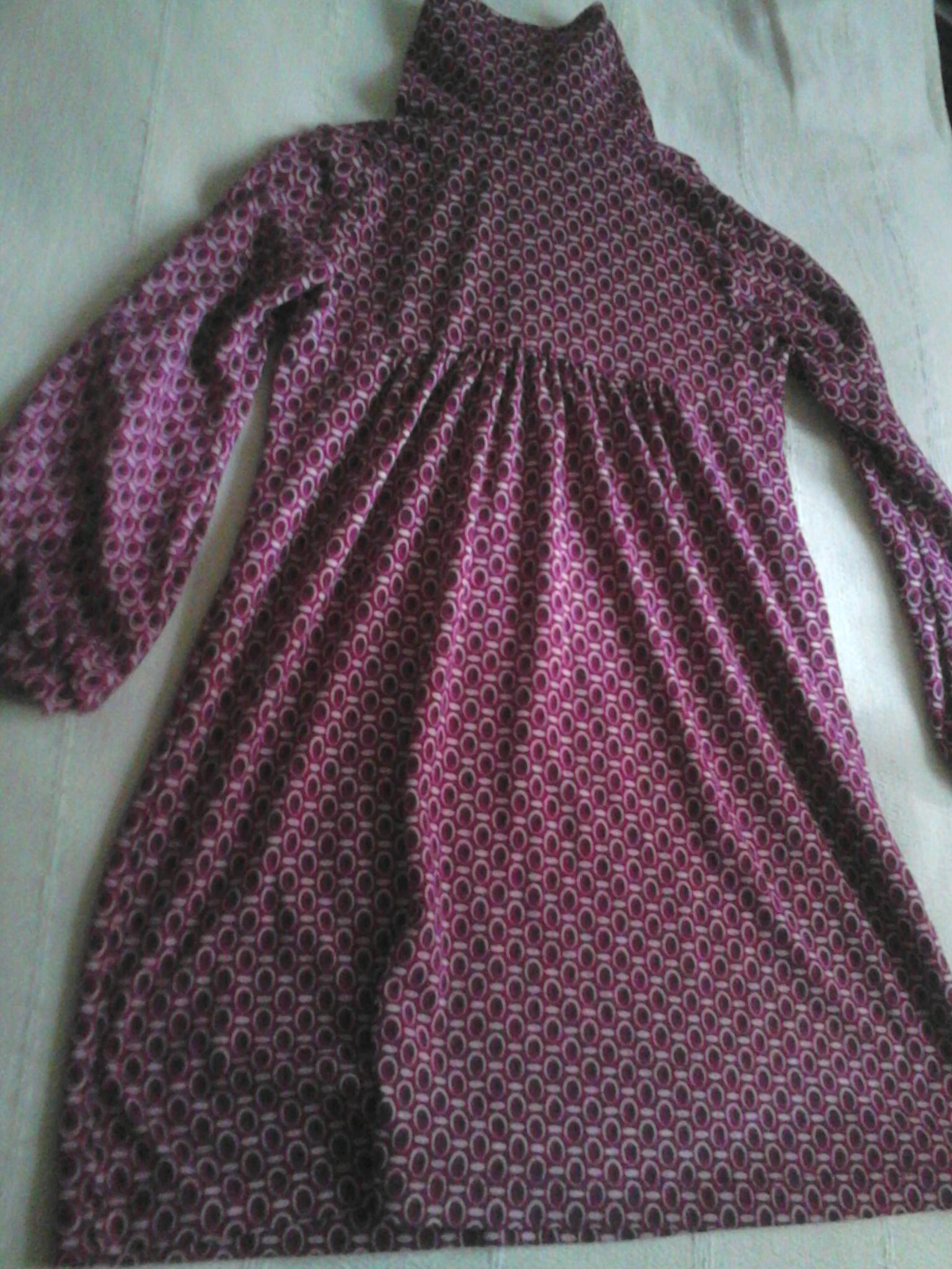 troc de troc robe tape a l'oeil 7 ans image 0