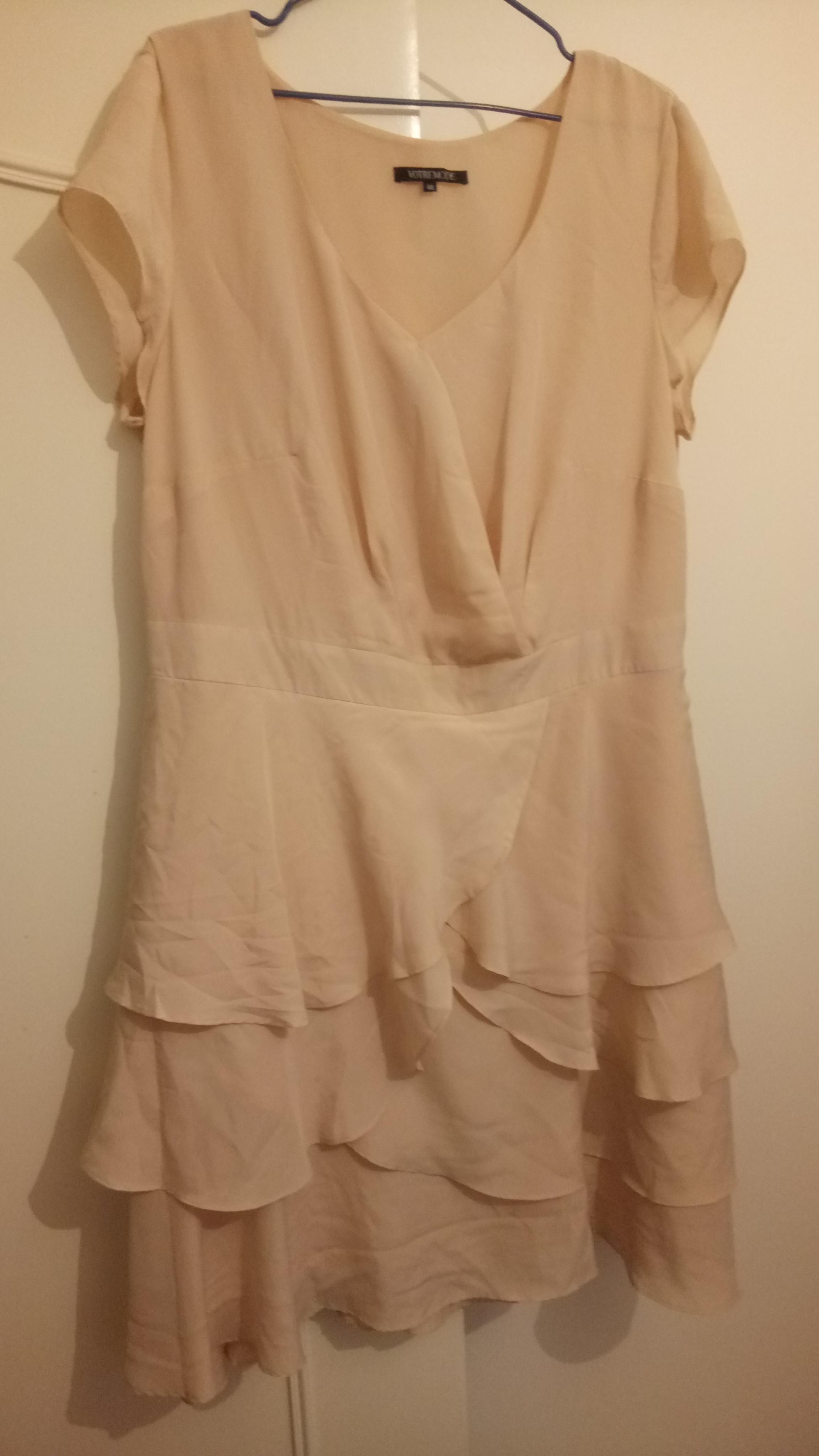 troc de troc robe sable t48 image 0