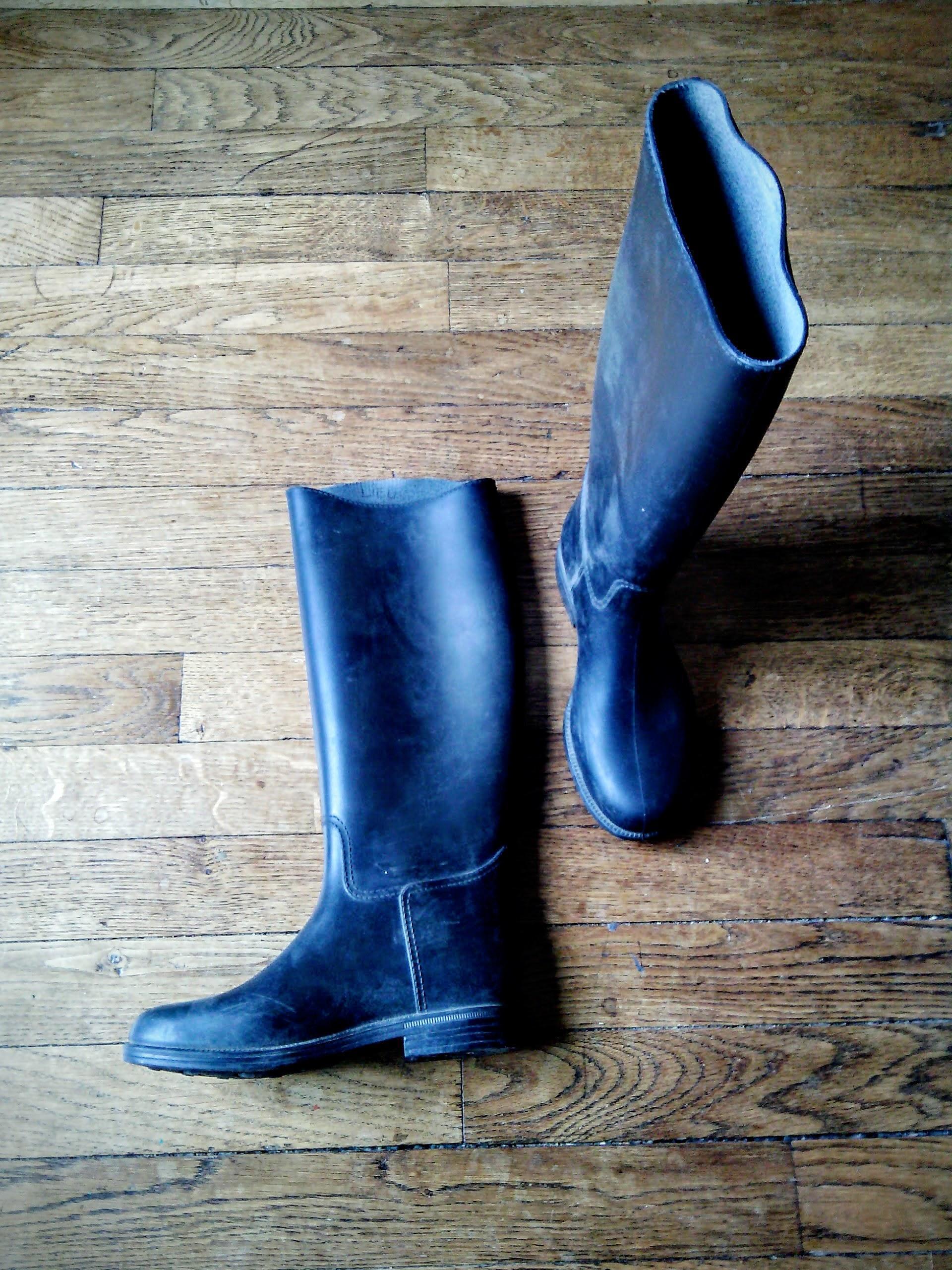 troc de troc equitation : boots 35, bottes 35, pantalon 14ans. image 1
